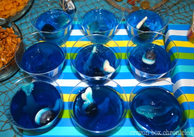 Jell-O Aquariums for Under The Sea Party @ Crayon Box Chronicles