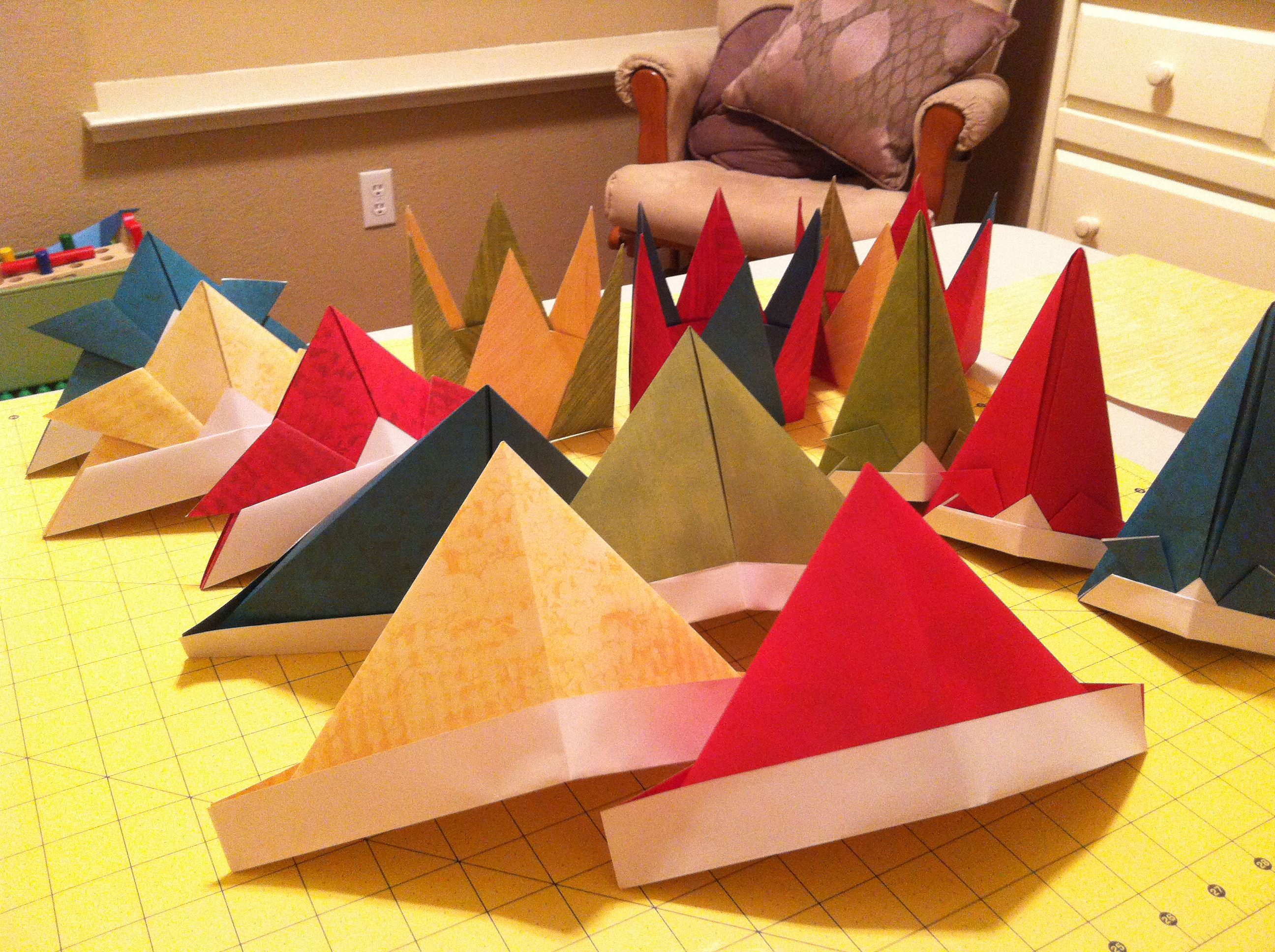 Origami Party Hats | Crayon Box Chronicles - photo#32