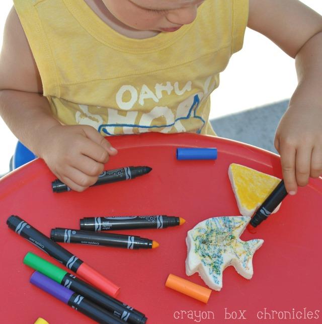 Dinosaur Play Clay @ Crayon Box Chronicles