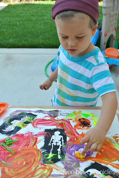 Pumpkin Ice Painting at Crayon Box Chronicles