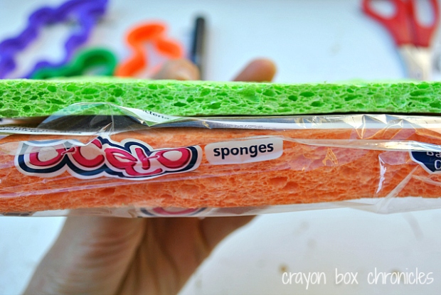 Reptile Sponge Stamping by Crayon Box Chronicles