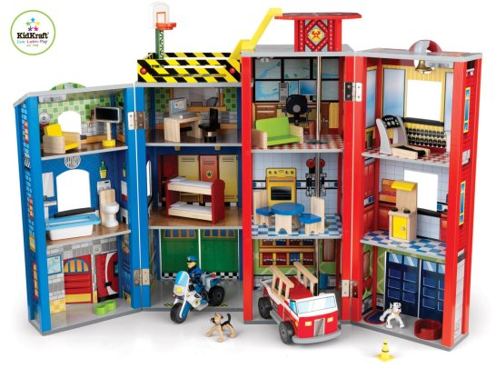 KidKraft Heroes FireHouse Play Set