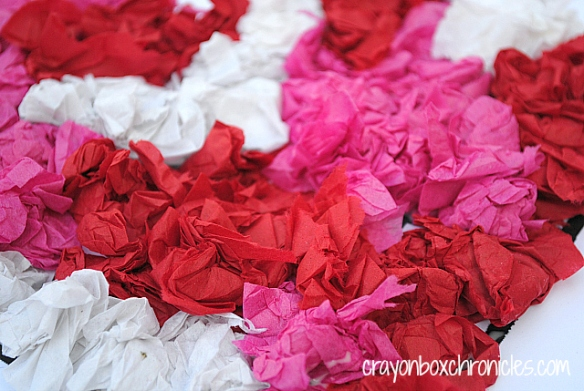 Tissue Paper Valentine Craft for Kids y Crayon Box Chronicles