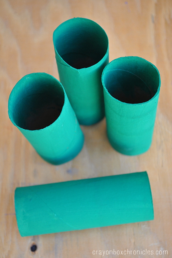 green towel tubes